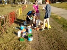 Волонтером быть здорово! Покраска забора в с. санатория Глуховского