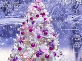 """31 декабря в 21.00 часов Дед Мороз, Снегурочка и все участники Новогоднего вечера, приглашают всех на праздничное театрализованное представление для взрослых """"В поисках счастья"""". Ждем вас в МАУК Максим - Горьковском СДК."""