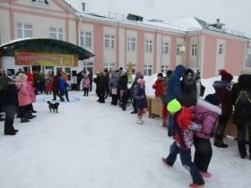 Масленичная неделя в с. ЦУП. им. М. Горького завершилась массовым народным гулянием .