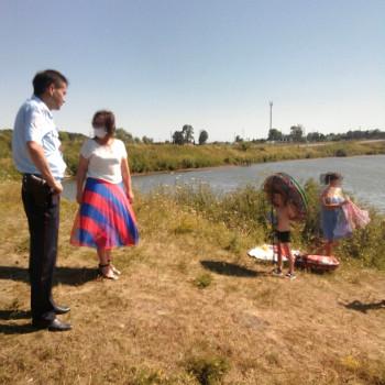 Совместный рейд с сотрудником полиции о запрете купания в необорудованных местах
